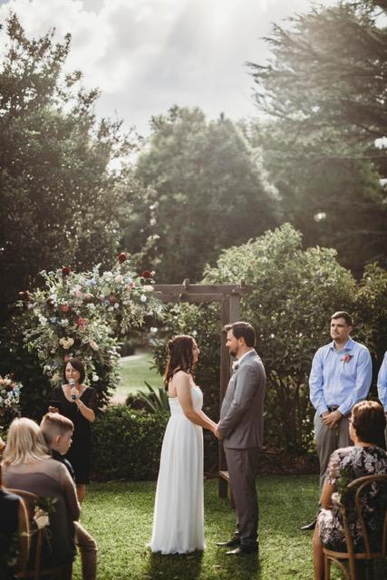Amanda Knapton Marriage Celebrant